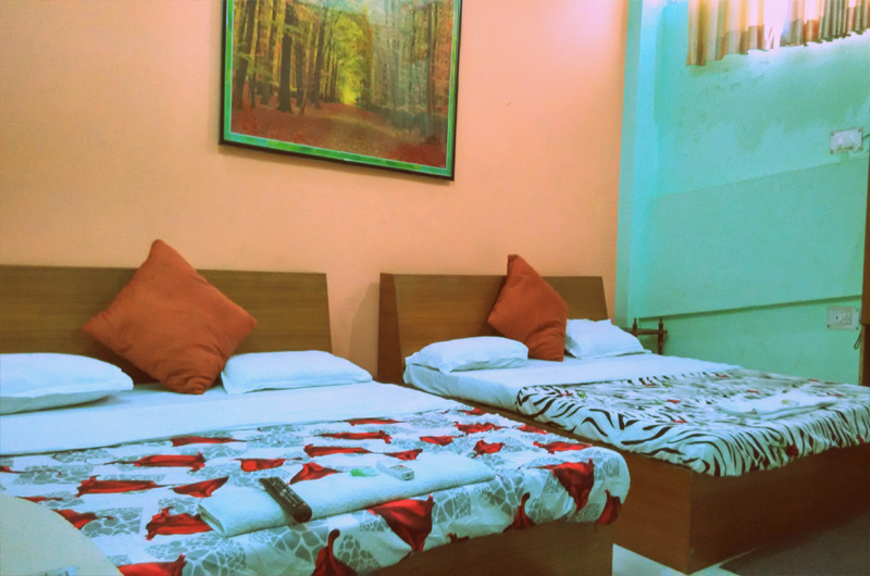 Fiesta Hotel- 4 Bedded AC Rooms